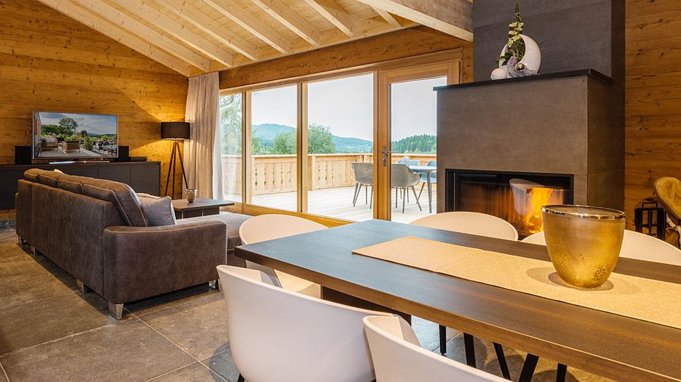 Luxus Chalets im Bayerischen Wald - moderne Chalets mit Kamin und ...